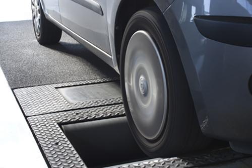 Bonetti Auto - Servizio di revisione completo per veicoli leggeri e pesanti
