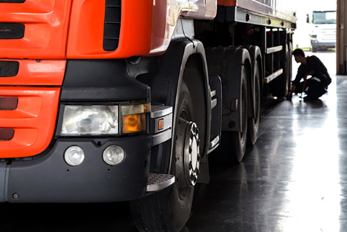 Bonetti Auto - Servizio di revisione completo per veicoli pesanti e bus